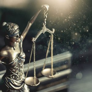 Valores de un abogado: ¿cómo tomar decisiones difíciles?