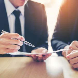 Gestión legal de departamentos jurídicos en las empresas