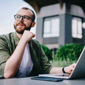Smart working vs. Teletrabajo: ¿cuál es mejor para las firmas?