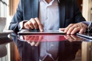 Herramienta de productividad en empresa jurídica: ¿cuál es mejor?